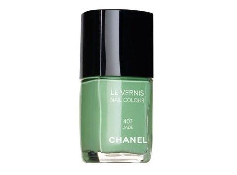 chanel-jade-nail-polish