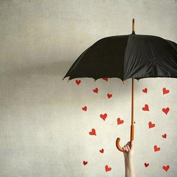 umbrellahearts_viaweheartit-viadiscoverinteriordesign
